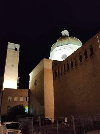 http://www.parrocchiasanvitale.it/images/slideshow/SVitaleNotte2.jpg